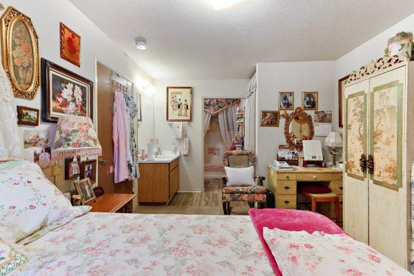 Spartan Manor Senior Apartments in Modesto CA - Bedroom
